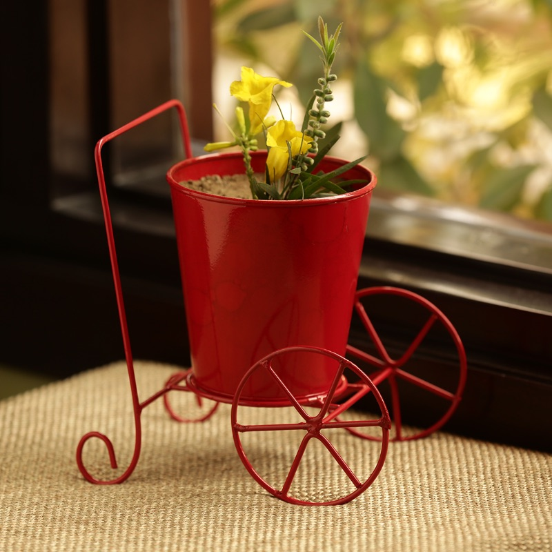 Moorni Plant On Wheels Table Cum Floor Planter Pot In Glossy Red