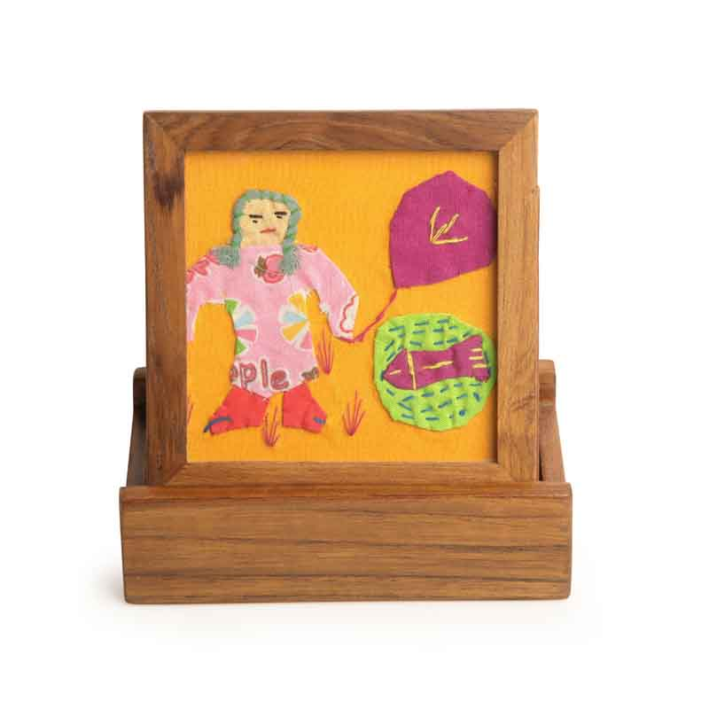 Moorni Applique Work Coasters Set Of 4 with Stand in Teak Wood