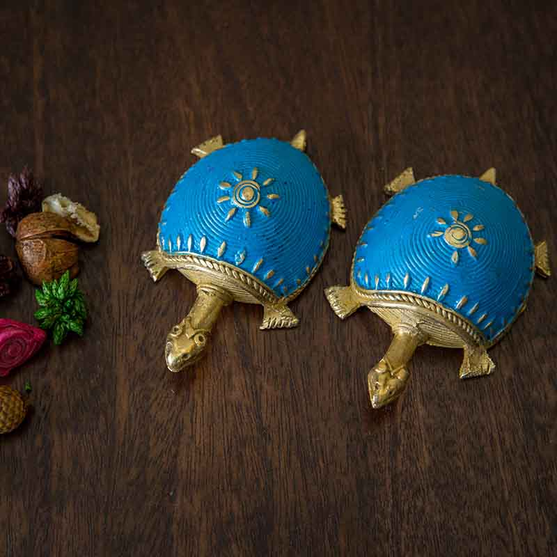 Olha-o Dhokra Tortoise Table Top Set - Sky Blue