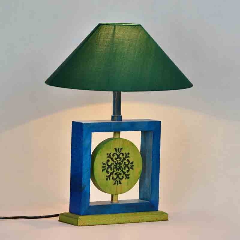 Moorni 14 Inch Modern Wooden Engraved Square Lamp