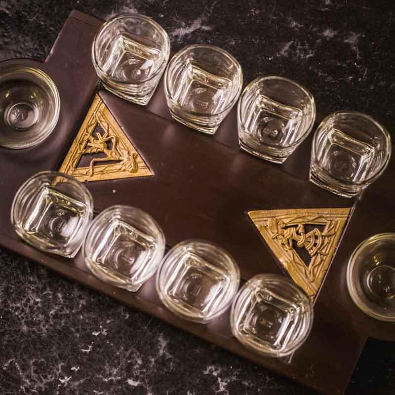 Olha-o Tribe Shot Tray Triangular Jaali