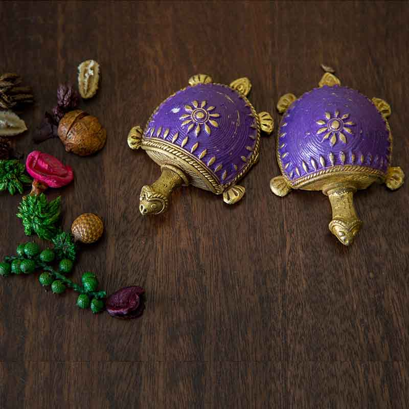 Olha-o Dhokra Tortoise Table Top Set - Different shades of Purple