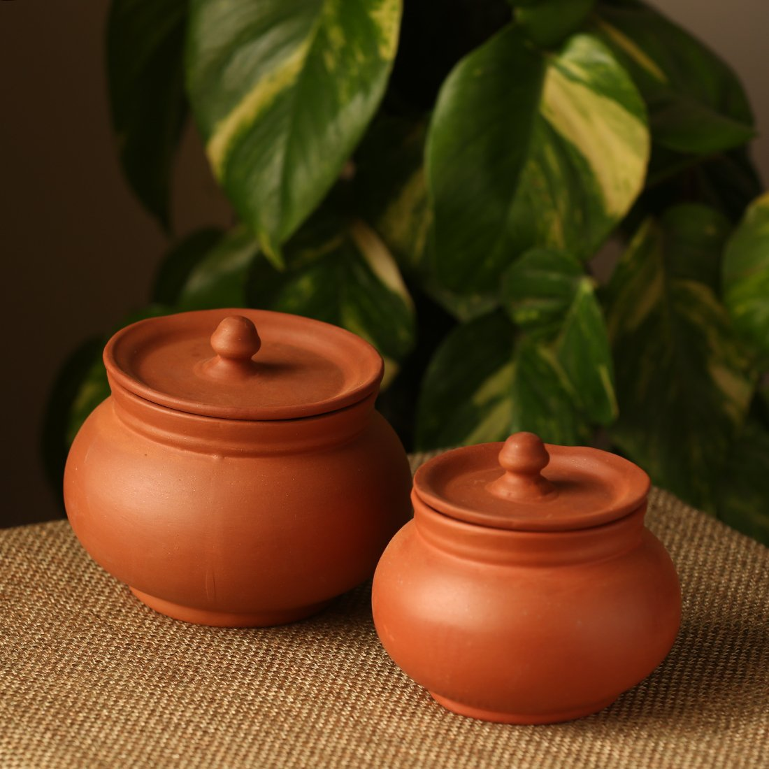 Moorni Handmade Earthen Clay Serving Handis With Lids (Set Of 2) - EL-005-516