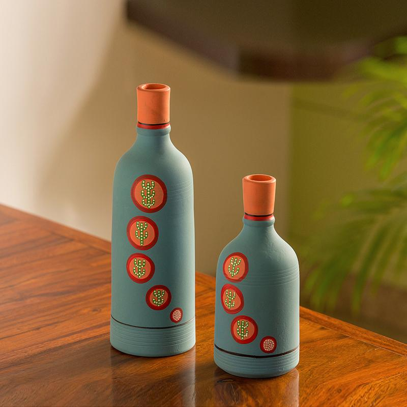 Moorni Desert Bottle Duo Hand-Painted Vases In Terracotta (Set of 2, Turquoise Blue)