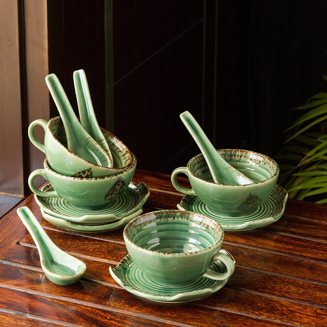 Moorni Banyan Leaves Hand-painted Studio Pottery Soup Bowls With Saucers & Spoons In Ceramic (Set of 4, Microwave Safe)
