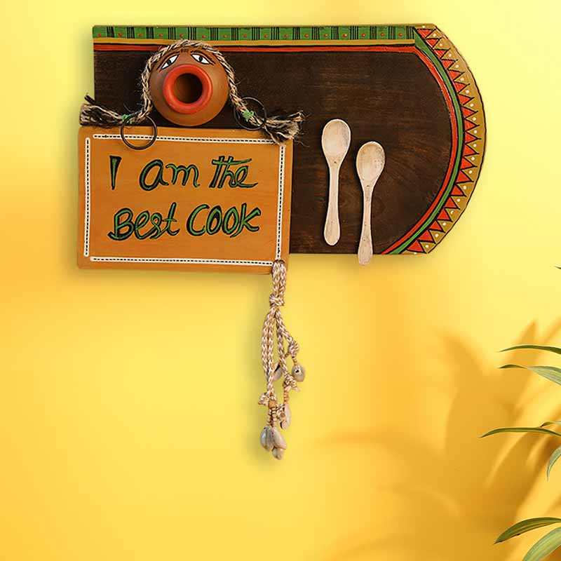 Moorni Happy Cooking Hand-Painted Wooden Wall Signage Hanging With Terracotta Pot