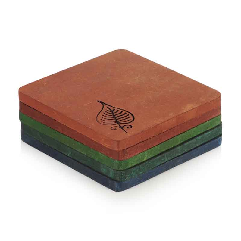 Moorni Elegant Leaf Engraved Coaster Set in Multicolour