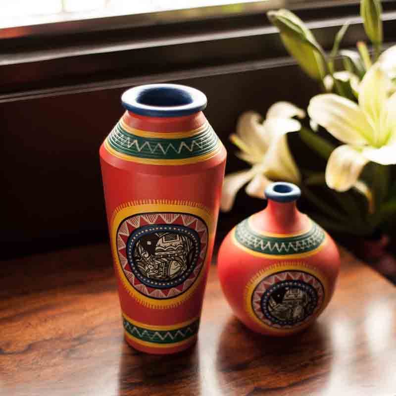 Moorni Madhubani Handpainted Terracotta Vase Set in Bright Orange - EL-006-058