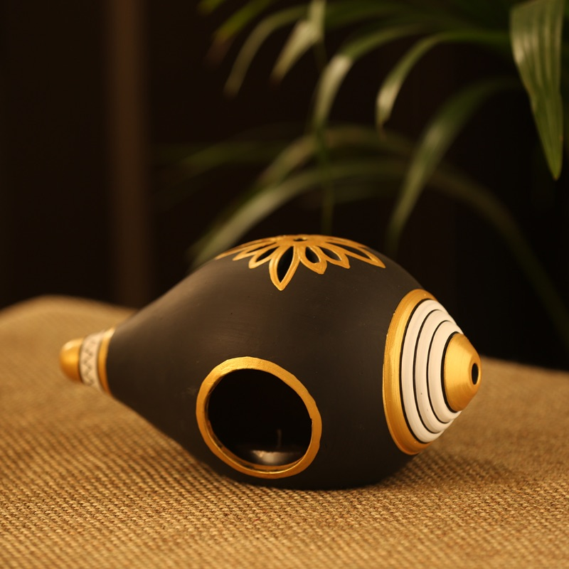 Moorni Gold Glowing Shankh Hand-Painted Tea Light Holder In Terracotta