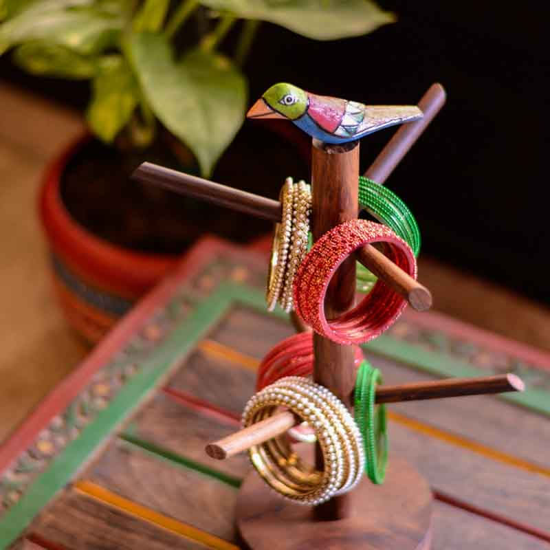 Moorni Elegant Bird Bangle Holder in Sheesham Wood