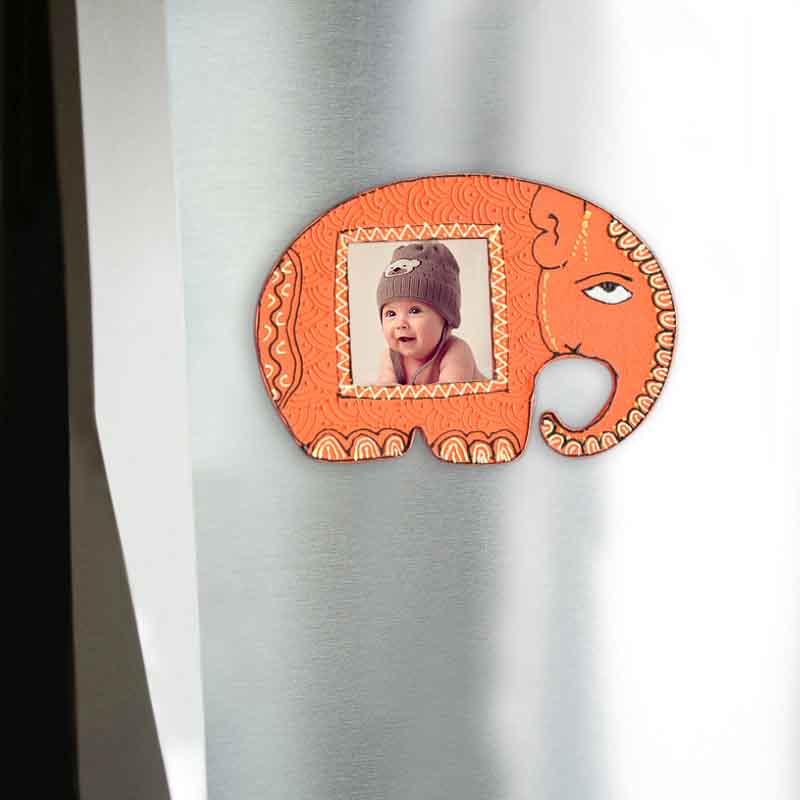Moorni Handpainted Elephant Fridge Magnet Cum Photoframe
