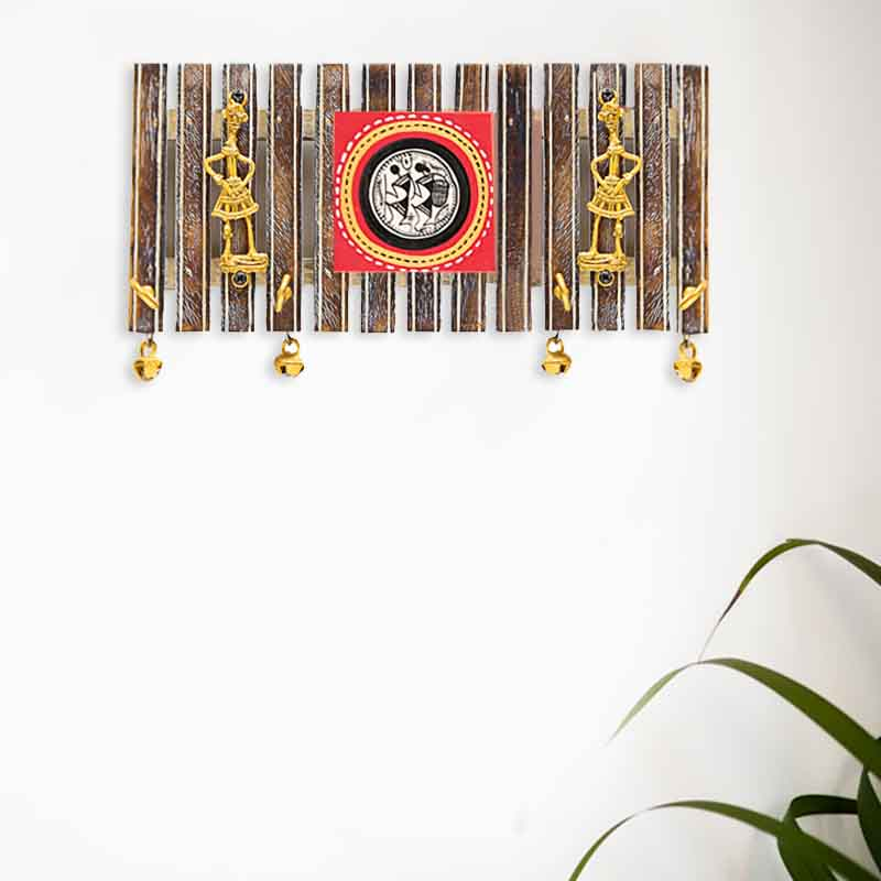 Moorni Dhokra and Warli Handpanited Key Holder with Ghungroo Brown - EL-012-001