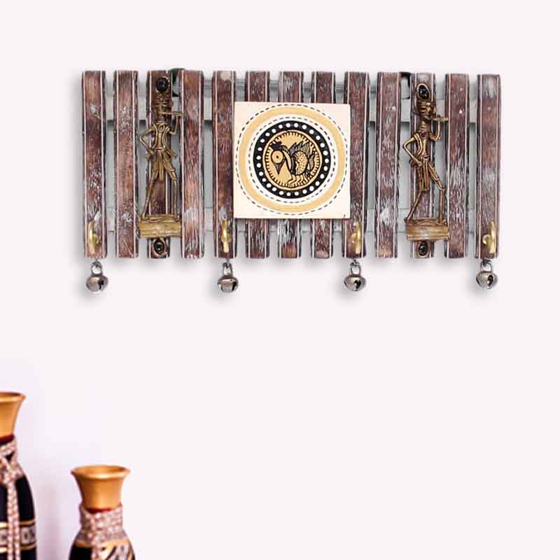 Moorni Dhokra and Warli Handpainted Key Holder with Ghungroo Brown - EL-012-007