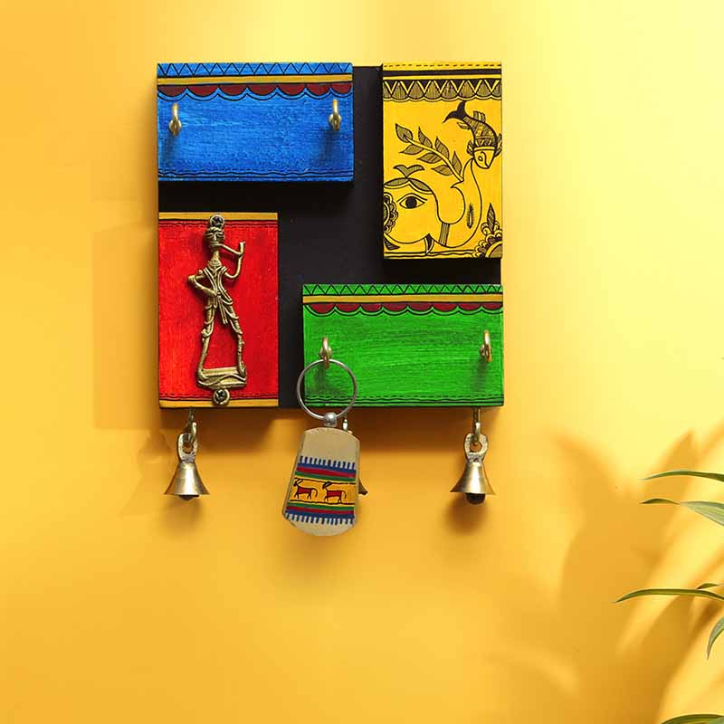 Moorni In-Key-Geneous Warli Hand-Painted Wooden Key Holder With Dhokra Art - EL-012-062