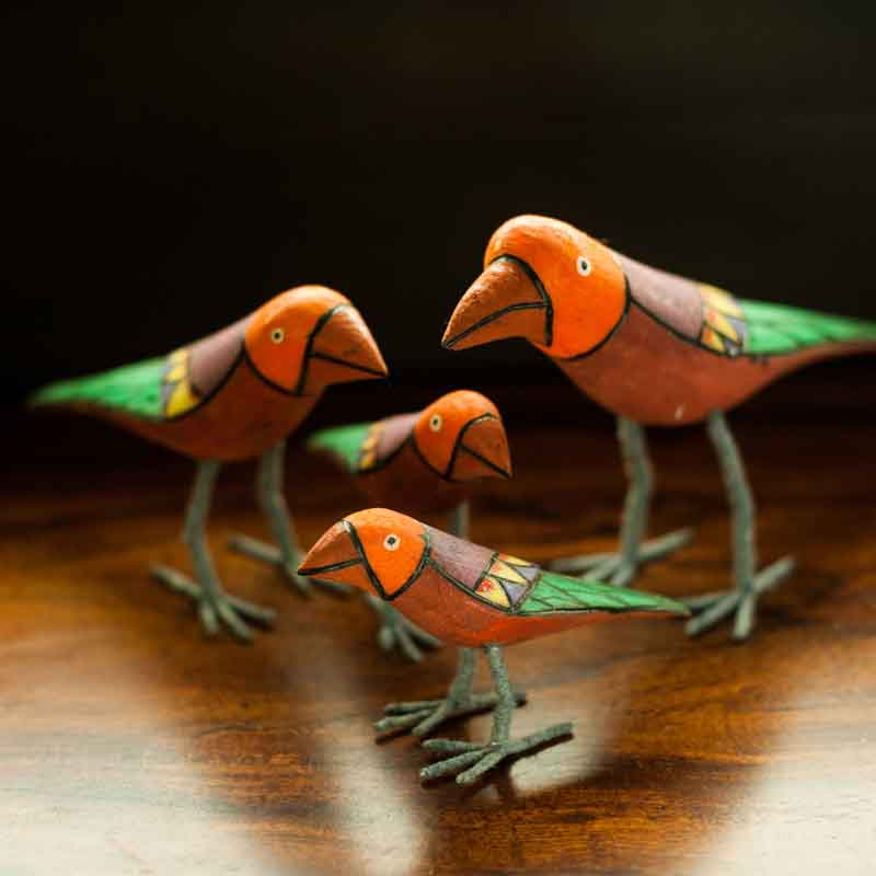 Moorni Handmade and Hand Painted Bird Family Showpiece in Wood - EL-025-012